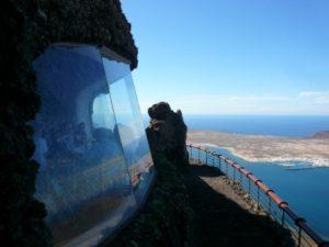 Mirador del Rio restaurant window