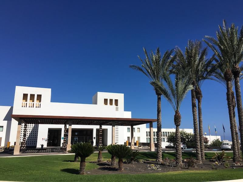 Lanzarote hotel review hesperia puerto calero lanzarote information - Hesperia lanzarote puerto calero ...