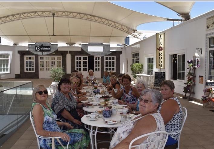 Lanzarote Ladies Connected